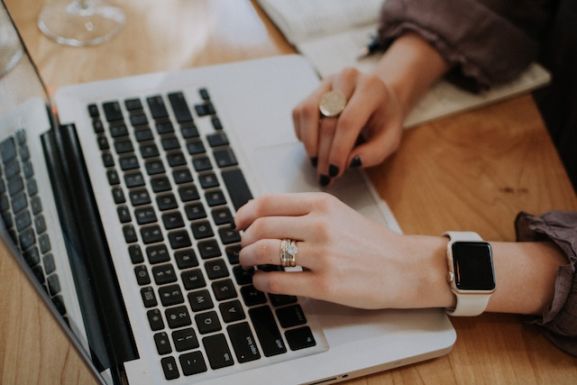 Not a Natural Business Writer? Here's How to Write Like One