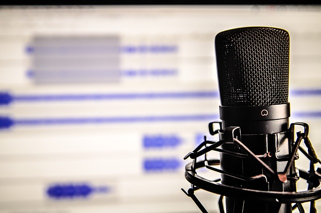 10 Podcasts For Writers